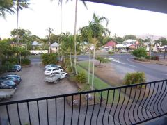 Motel Cairns- Carparking off Sheridan Street at Cairns Holiday Lodge