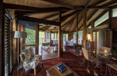 Mt Quincan Crater Retreat - Treehouse style accommodation