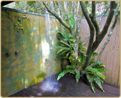 Mt Quincan Retreat - Outdoor Shower in the Retreat Treehouses