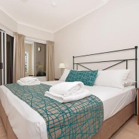 Newport Port Douglas 1 Bedroom Apartment King Bed