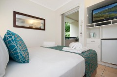 Newport Port Douglas Studio Room