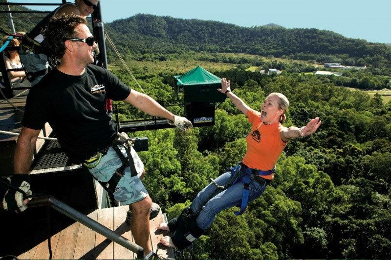 Bungy Jumping Cairns Australia Bungy Jump Aj Hackett