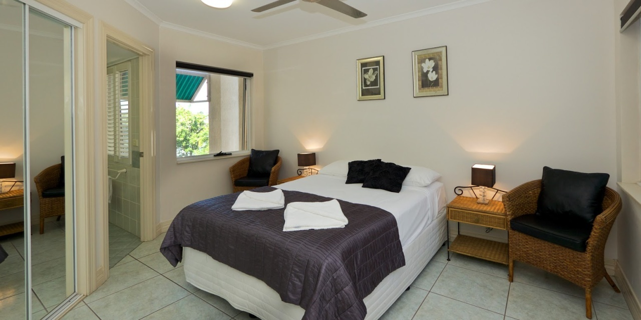 cairns beaches holiday specials