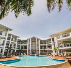Beachfront Holiday Apartments Port Douglas - Beachfront Accommodation