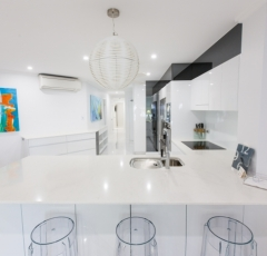 Modern Kitchen Facilities - On The Beach Luxury Holiday Apartment Palm Cove 2