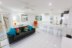 Palm Cove Accommodation - On The Beach Luxury Holiday Apartment Palm Cove