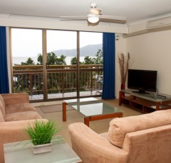 Cairns accommodation -One Bedroom Holiday Apartment