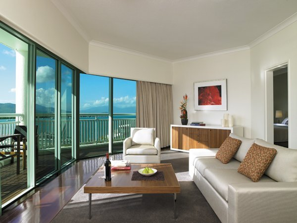 One Bedroom Suite Overlooking the Marina - ShangriLa Cairns Hotel