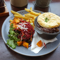 One of Kuranda Lunch Options | Kangaroo Pot Pie