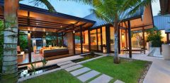 Open plan luxury pavilion style resort accommodation