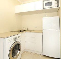 Deluxe 1 Bedroom Apartment (Orchid) - Cairns Accommodation