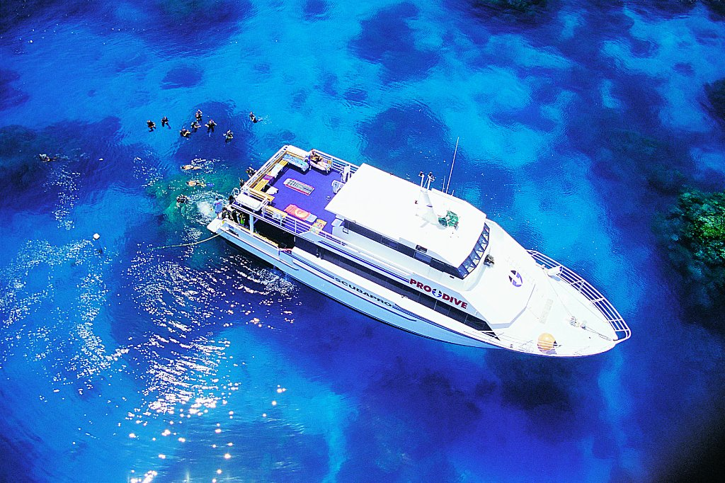Amazing learn to dive course - Review of Pro Dive Cairns ...