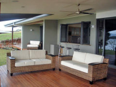 Outdoor Deck to relax and unwind after a day on Tinaroo Dam - The Edge Holiday House
