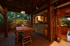 Outdoor Dining Area - Far Pavillions Luxury Port Douglas Holiday Villa