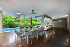 Port Douglas Luxury Holiday Home | Outdoor Dining Area