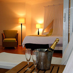 Palm Cove accommodation romantic room set up