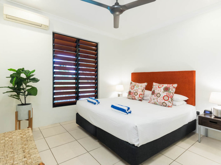 Bedroom 4 with Queen Bed | Palm Cove Holiday Home