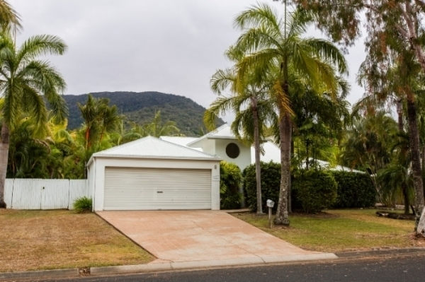 Palm Cove Holiday Homes | Holiday House | Palm Cove Family Accommodation