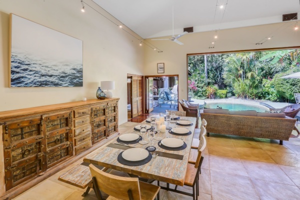 Palm Cove Holiday House | Cairns Beach Holiday House