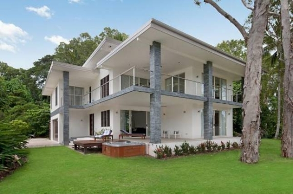 Palm Cove Holiday House | Holiday Homes