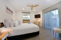 Master Bedroom | Palm Cove Holiday House