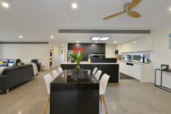 Open plan living and dining great for family holidays | Palm Cove Holiday Home