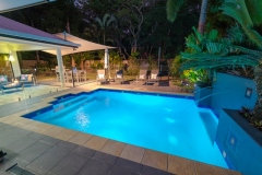 Palm Cove Holiday Home with Tropical Swimming Pool & Outdoor Entertaining Area - great family accommodation