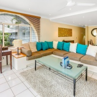 Palm Cove Private Apartments Alamanda Beachfront Resort | Open plan stylish resort living