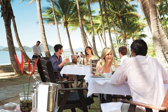 Palm Cove Relaxed Dining Experience