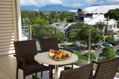 Park Regis City Quays Cairns - Hotel & Apartment style accommodation in a central Cairns location