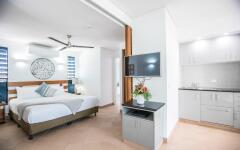 Peninsula Suite Bedroom - Adult Only Port Douglas Boutique Hotel