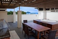 Penthouse Apartment with Rooftop Jacuzzi and Entertaining Area | Palm Cove Luxury Apartments