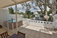Penthouse Apartment with Rooftop Spa | Beach Club Apartments Palm Cove