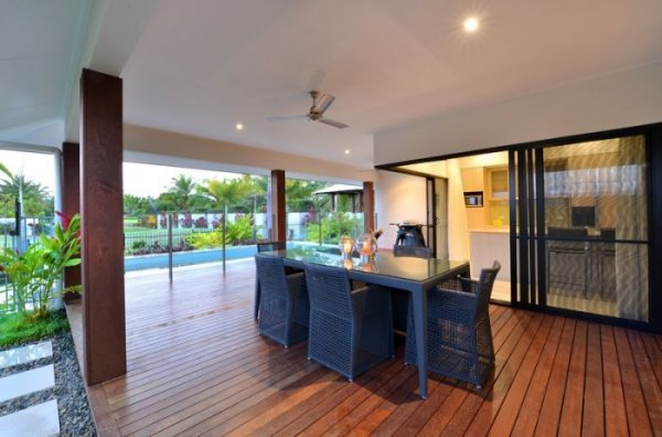 Enjoy tropical holiday in your private Port Douglas holiday home overlooking the Swimming Pool and out to Golf Course