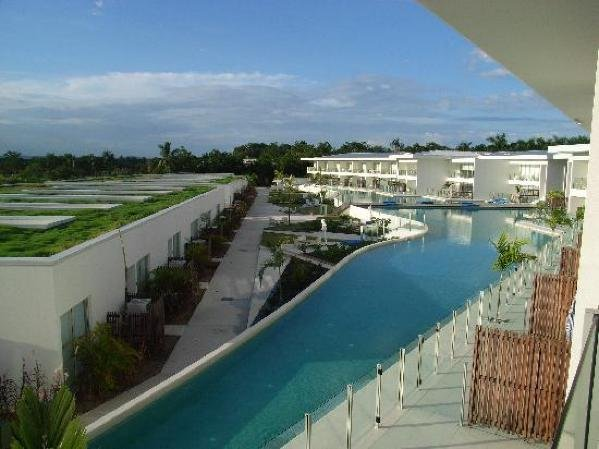 pool port douglas resort bonus night offers book online