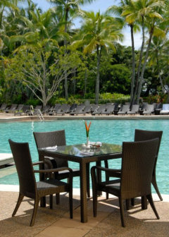 Poolside dining at Port Douglas Resort at Sheraton Mirage