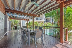 Poolside Guest BBQ and dining area | Bay Villas Resort Port Douglas