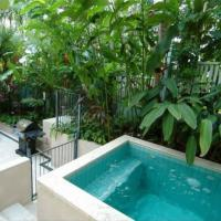 Port Douglas Accommodation - Apartment 10 - Private Plunge Pool & BBQ facilities