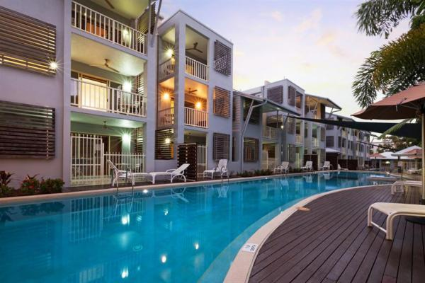 Port Douglas Accommodation - Mantra Aqueous Port Douglas Hotel