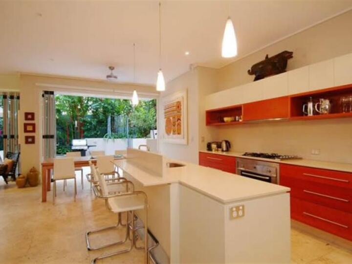Port Douglas Apartments - Stylish kitchen with modern appliances | Port Douglas Private Holiday Apartment