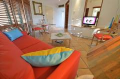 Port Douglas Adult only holiday apartments on Macrossan Street