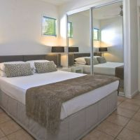 Queen Bedroom - Port Douglas Adult only  Apartments