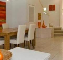 Port Douglas Beachfront Holiday Home