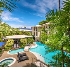 Port Douglas Holiday Apartments | Port Douglas Heated Pool Accommodation