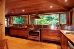 Large Kitchen with modern appliances - Port Douglas Holiday Home
