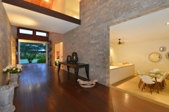 Port Douglas Luxury Beachfront Holiday Home
