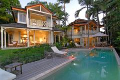 Port Douglas luxury holiday home on Wharf Street