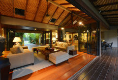 Resort Style Port Douglas Luxury Holiday Home