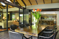 Spacious Outdoor Dining Areas - Port Douglas Luxury Holiday Home