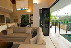 Open plan tropical living - Port Douglas Luxury Villa